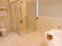 玫瑰園汽車旅館-浪漫套房浴室