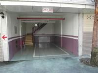 玫瑰園汽車旅館-車庫