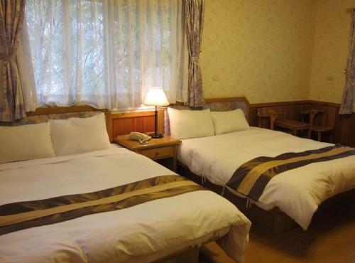 木屋四人雙床套房