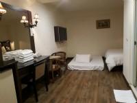 華泰經典旅店-都會家庭房(加床型)