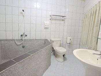 都會景觀雙人房石砌浴缸