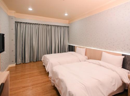双人房一大床