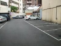 賓士旅館-停車場