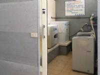 賓士旅館-洗衣室