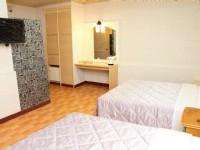 亞都商務旅館-溫馨四人房