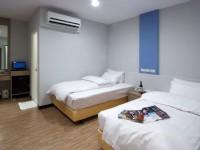 米梵时尚旅店-