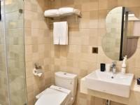 隱和旅-閣樓套房衛浴