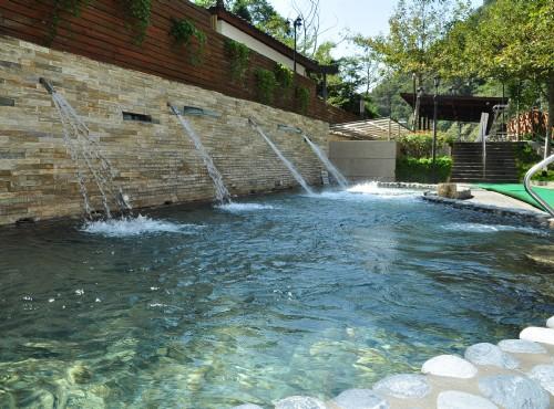 SPA衝擊泉