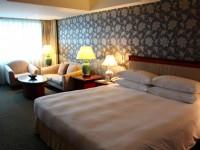 長榮桂冠酒店-台中-高級客房大床桂冠樓層