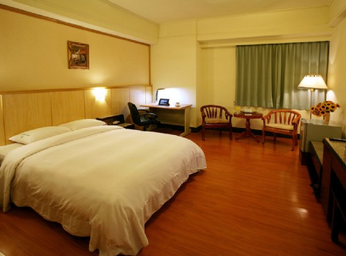 怡東商務旅館