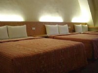 Good Ground Hotel - Taichung-Room for 6