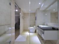 馥品大飯店-豪華家庭房衛浴空間