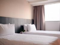 奇異果快捷旅店-成功店-二小床房
