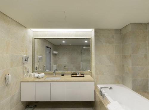 豪華家庭房衛浴