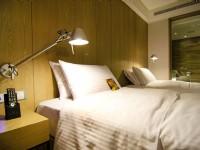 GOGO Hotel-