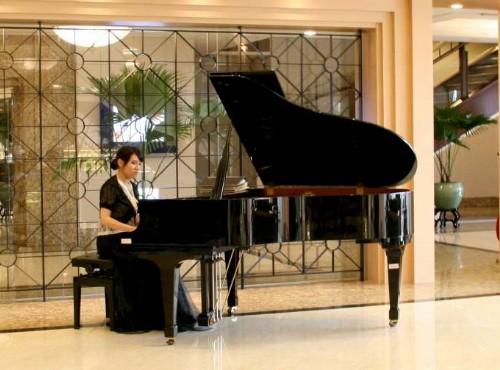 大廳鋼琴演奏