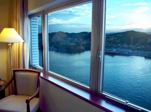 海景房窗外景色