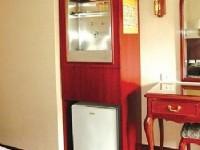 華都飯店-客房飲水機、冰箱