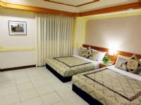 華國商務飯店-標準雙床4人房
