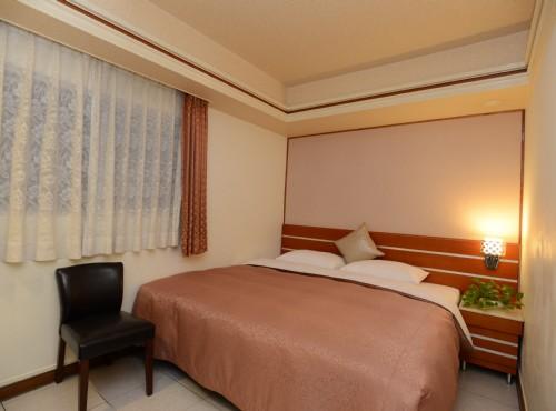 單床雙人房