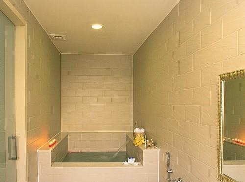 朝日套房浴室