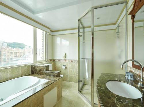 商務套房浴室