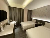 城美行旅-標準雙人房(兩小床)
