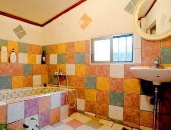 山水庭園衛浴