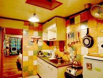 山水庭園廚房