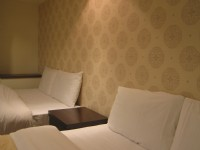 Simple Life Hotel-
