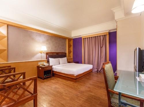 SL 飯店
