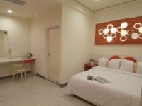 賓王時尚旅店-雙人房型-橙色之光