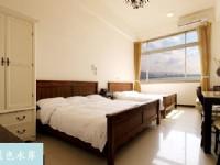 藍色水岸淡水海景旅店-海景貴賓4人房