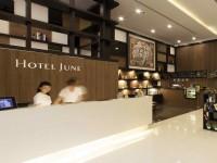 駿宇飯店-櫃檯