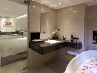 峻美精品旅店-极致四人房卫浴