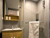 約克設計旅店-北歐溫馨二人房-浴室