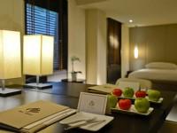 大地酒店-