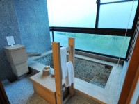 Tsuwu Hot Spring-