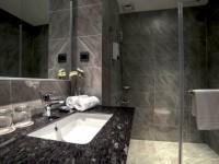 白金花園酒店-雅緻客房衛浴