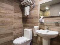 趣旅館-林森館-極致雙床房衛浴