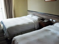 Pacific Hot Spring Hotel Green Bay-