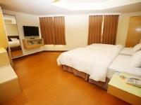 太信大飯店-豪華雙人房-一大床