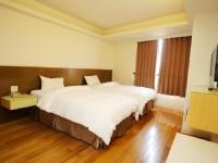 太信大飯店-豪華雙人房-二小床