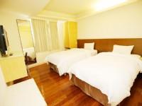 太信大飯店-精緻雙人房-二小床