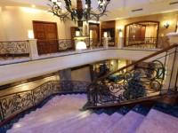 维悦酒店-楼梯
