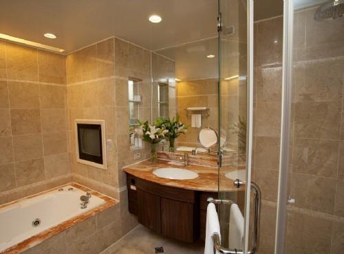 豪華家庭房浴室
