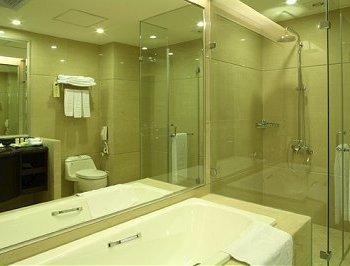 豪華三人房衛浴