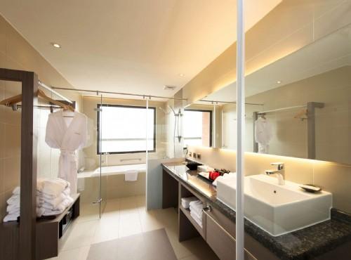 半開放式浴室