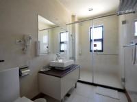 東城商旅-溫馨雙人房衛浴