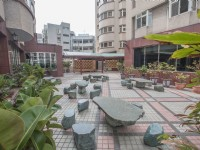 國廣興大飯店-中庭休憩區